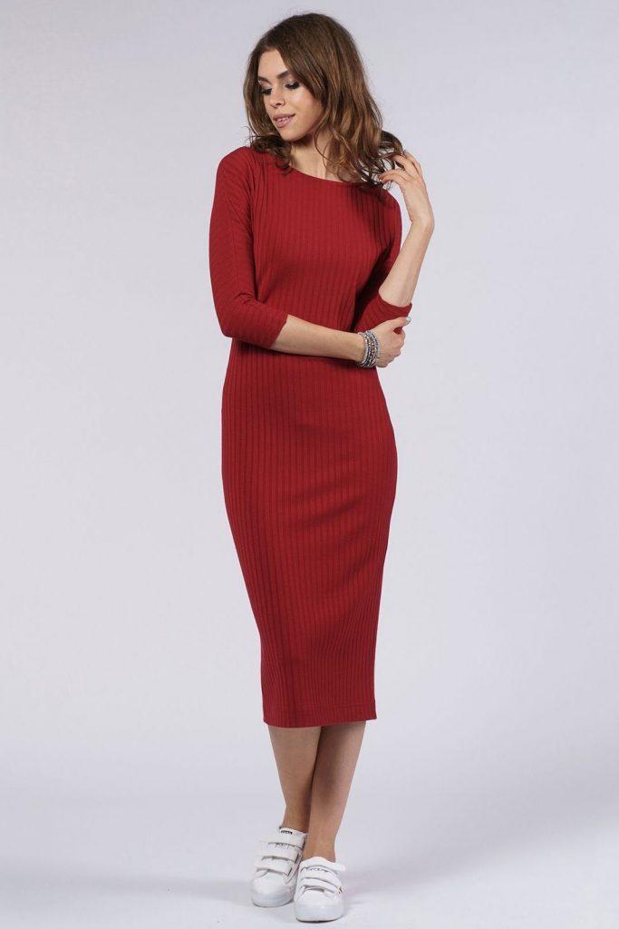 трикотажные платья красное