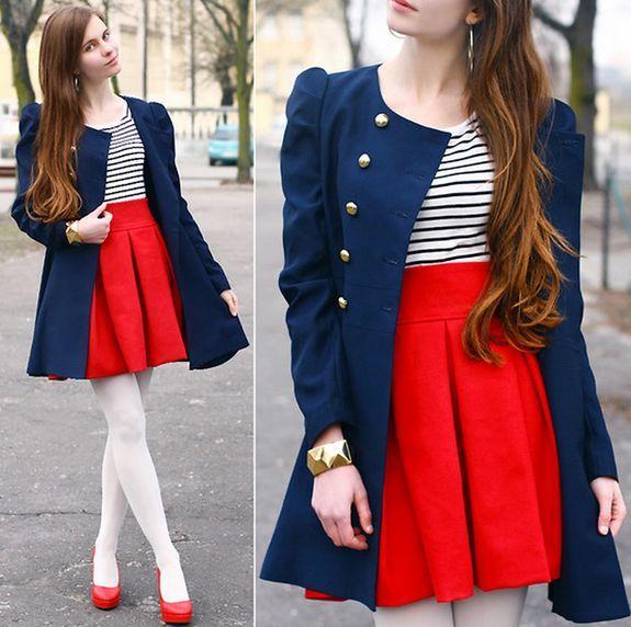 красная юбка с пальто