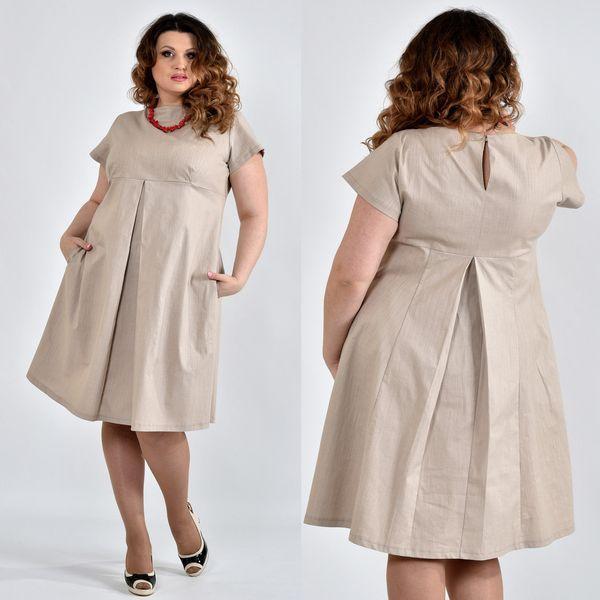 Бежевое платье из льна
