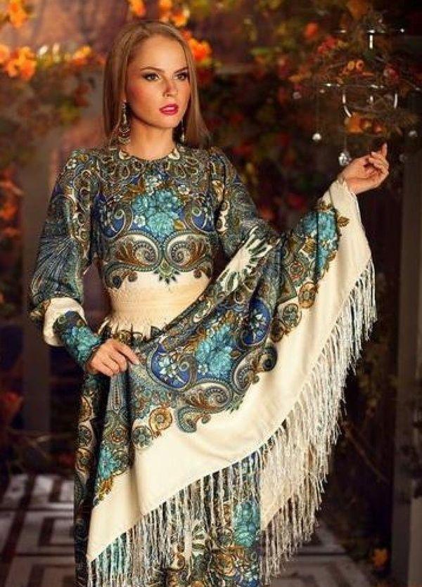 Платки с платьем