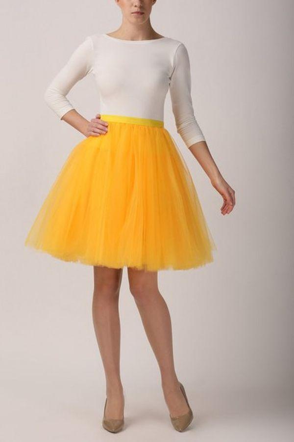 Желтые юбки из фатина
