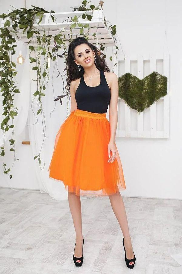 оранжевая юбка из фатина