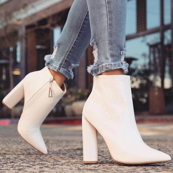 Стильные женские модели ботинок на каблуке 2021 года и с чем лучше носить такую обувь