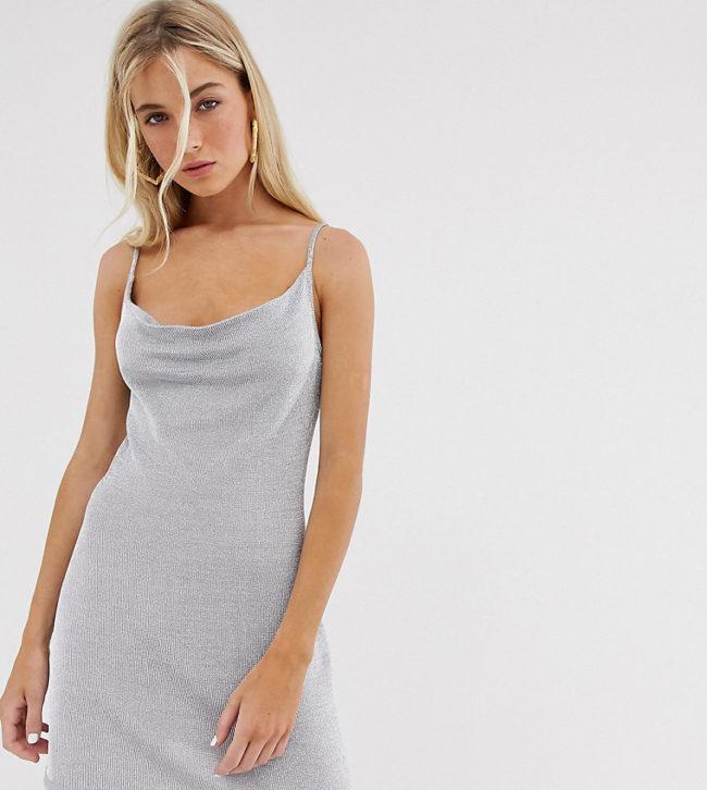 Стильные модели и фасоны серых платьев, с чем их лучше носить