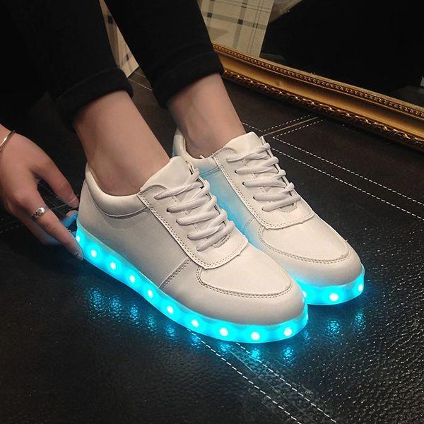 Красивые модели кроссовок со светящейся подошвой и как правильно ухаживать