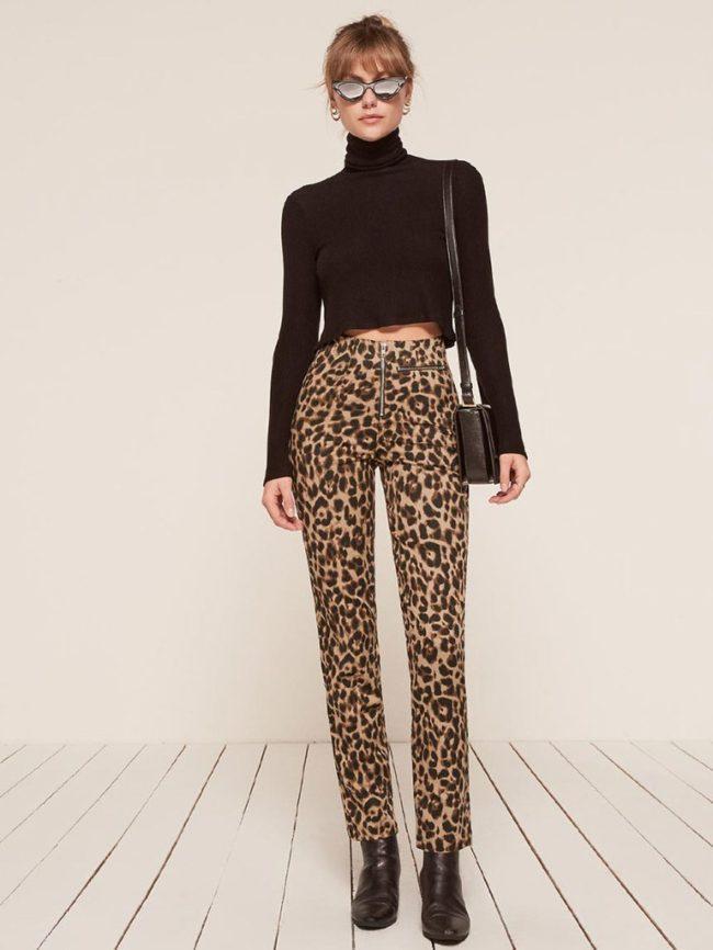 леопардовые брюки