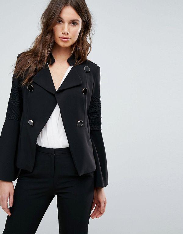 Расклешенный пиджак