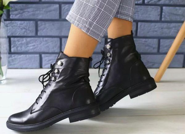 Особенности выбора женских ботинок на шнурках и с чем их носить