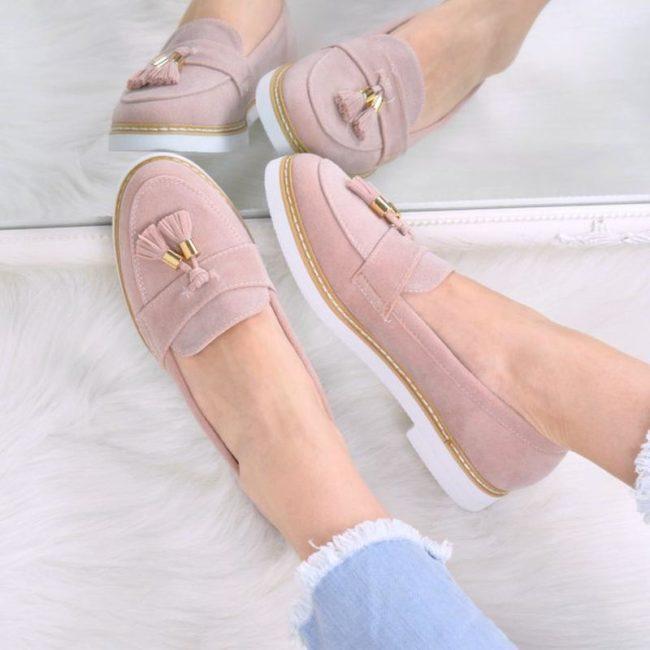 Красивые модели женских лоферов и с чем носить такую обувь в 2019 году