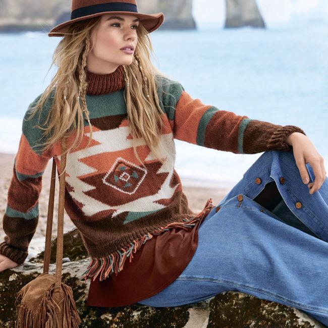 свитер с этническими мотивами
