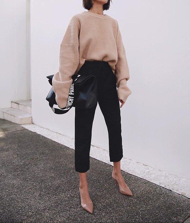 Стильные модели и фасоны брюк с завышенной талией, с чем носить и какой верх лучше подобрать