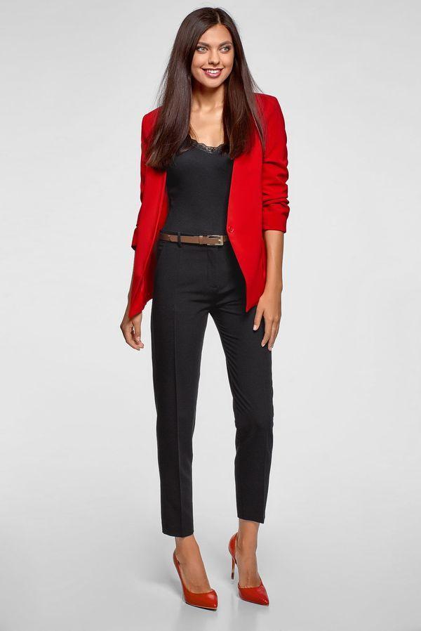 красный пиджак и туфли