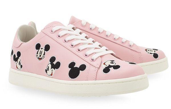Розовые кроссовки с Микки Маусом