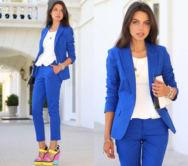 Красивые модели женских синих пиджаков и с чем носить такую одежду