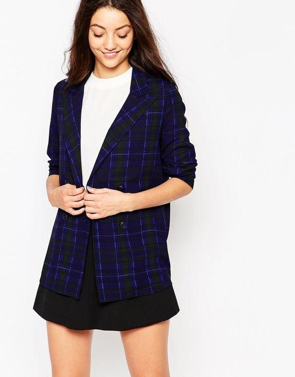 темный пиджак