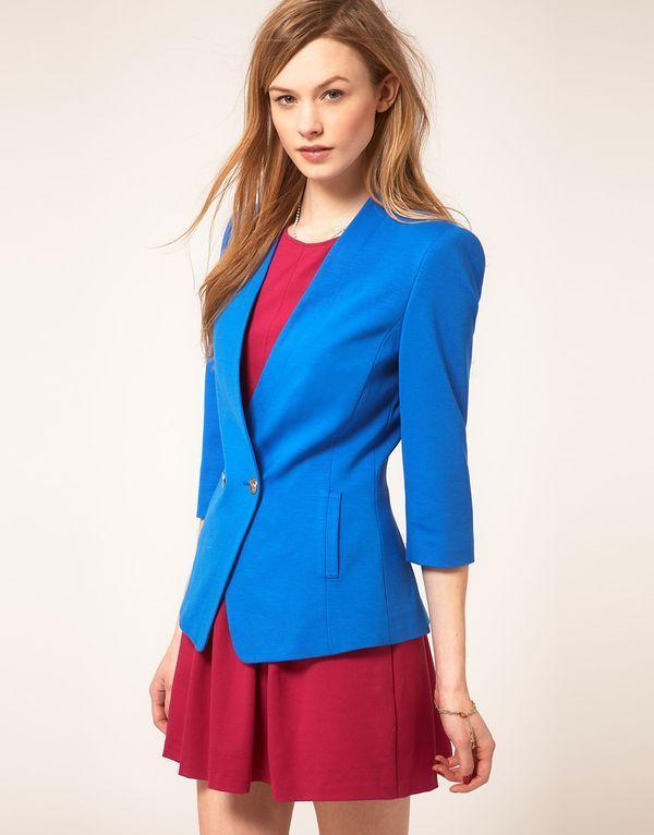 ярко - синий пиджак