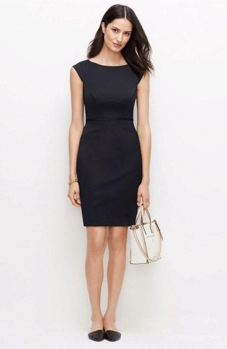 черное платье карандаш