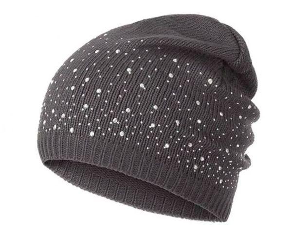 шапка украшенная стразами
