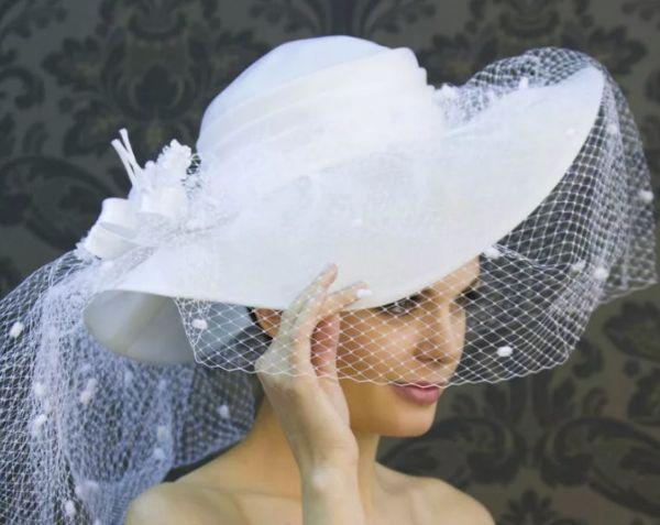 Женская шляпа свадебная