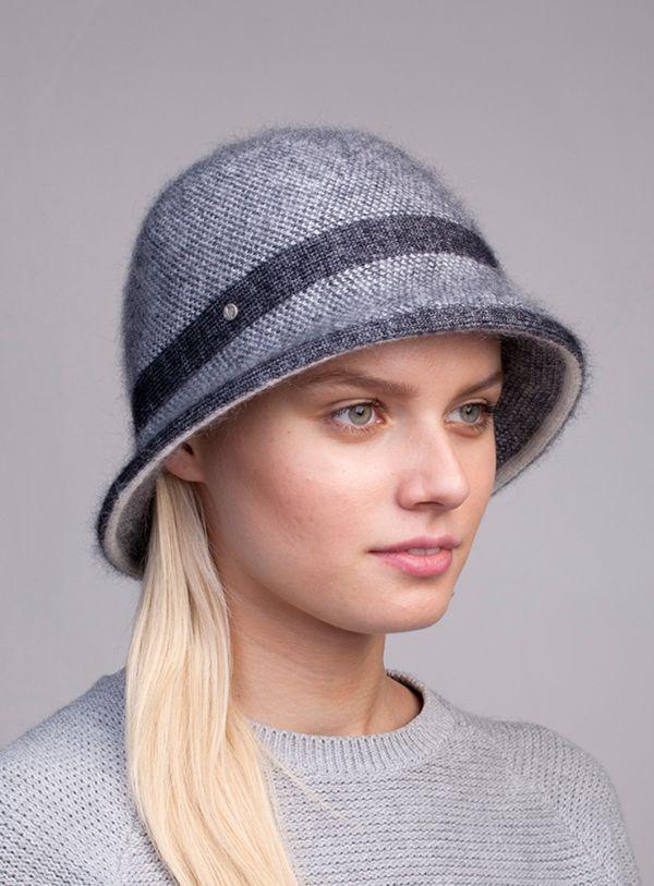Женская шляпа из пряжи
