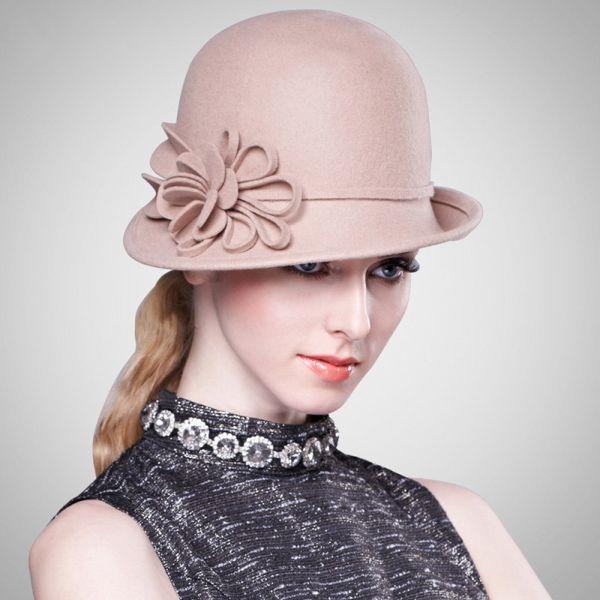 Женская шляпа Клош