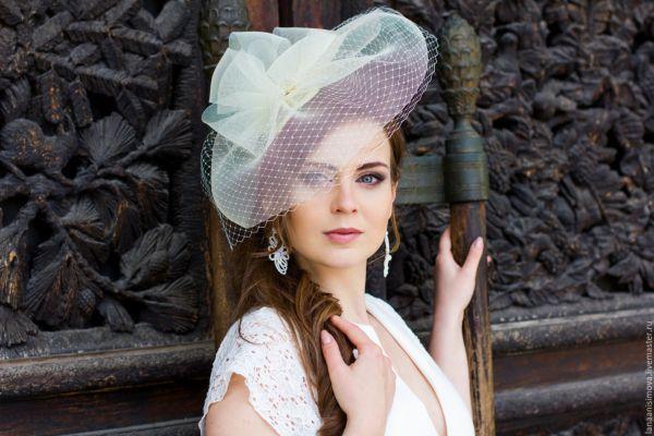 Свадебная шляпка с полями