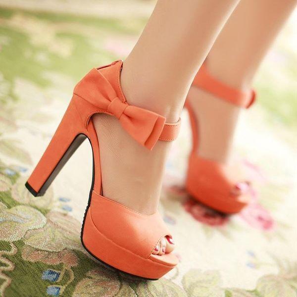 туфли с ремешком