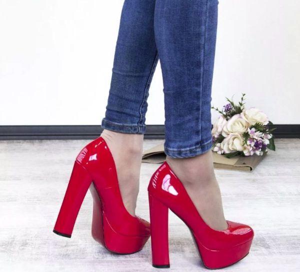 туфли с джинсами