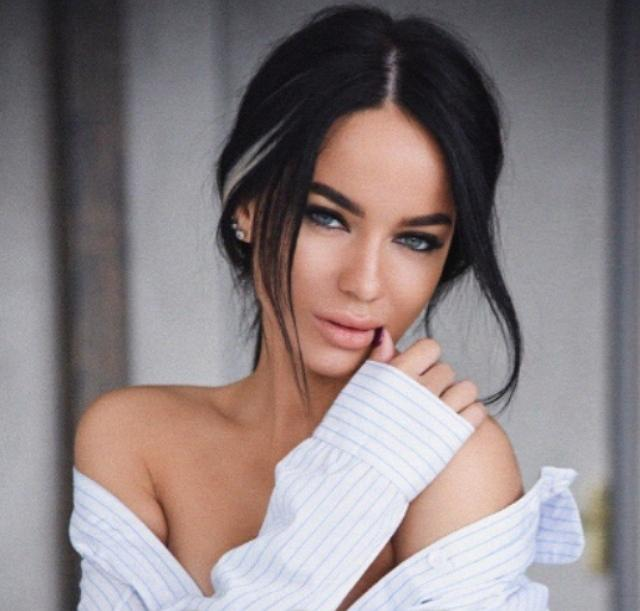 Юлия Щеглова