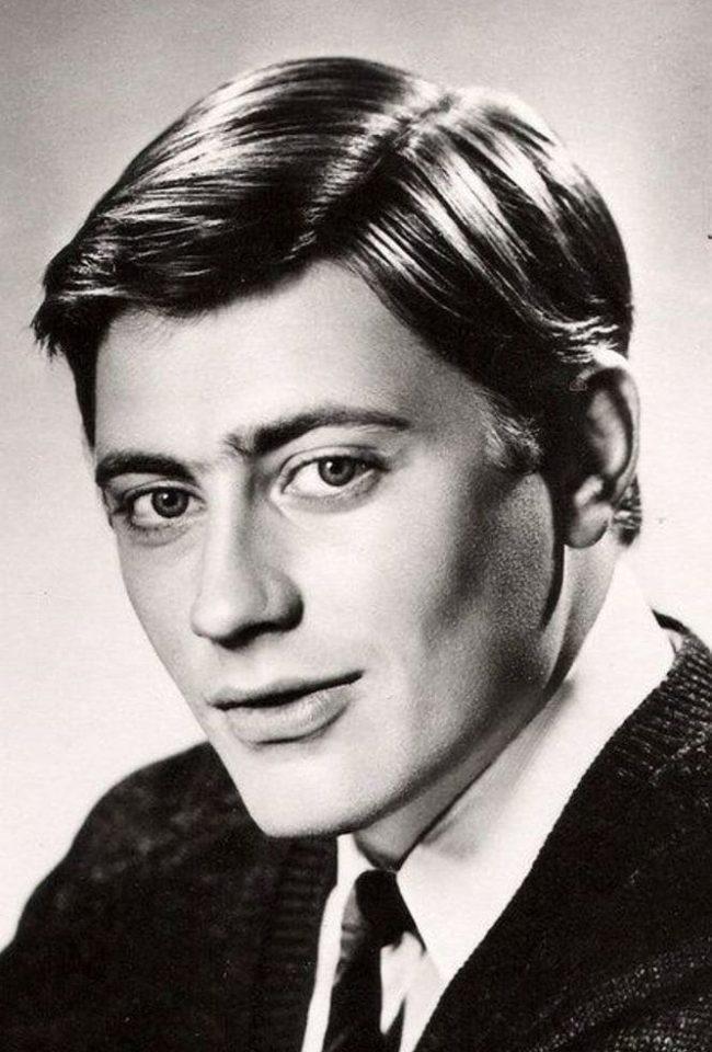 Биография и дата рождения Валентина Смирнитского, его личная жизнь и карьерный путь