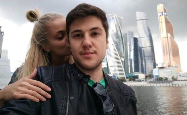 Эмир Кашоков с девушкой